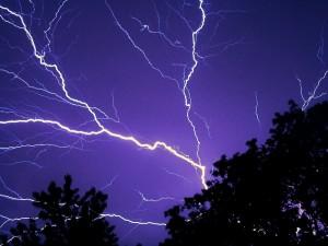 lightning-583713_1280